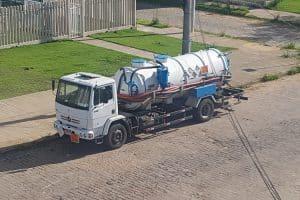 Caminhão de Limpeza de Fossas da Hidroclean