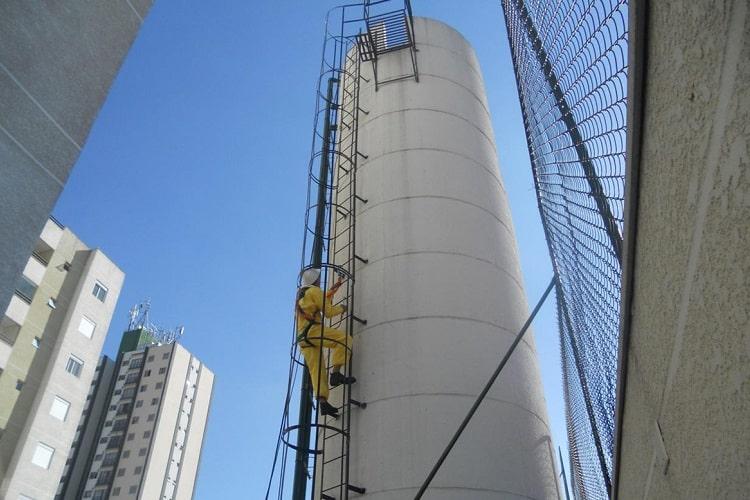 limpeza de caixa d'água em porto alegre chame a hidroclean 24 horas